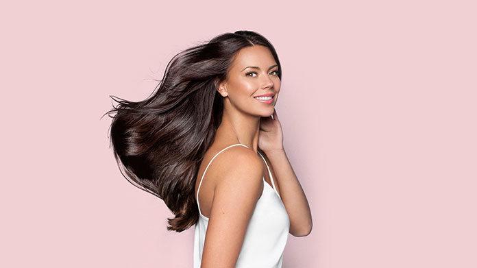 Jak sobie radzić z wypadaniem włosów?