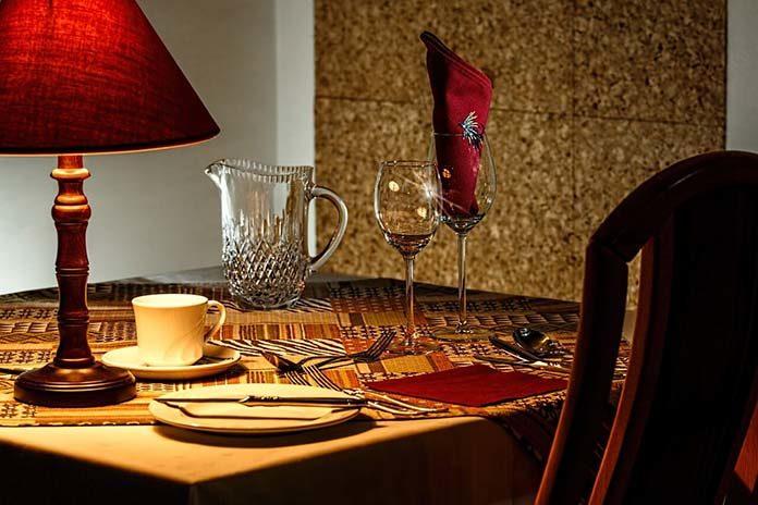 Stół rozkładany jako najlepsze rozwiązanie do Twojej jadalni