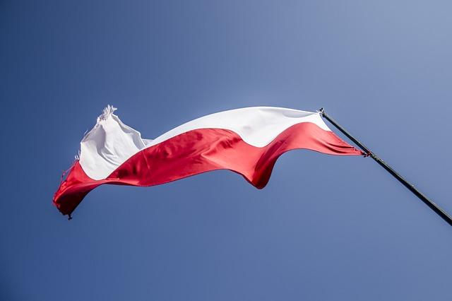 Wywieś flagę w Święto Niepodległości